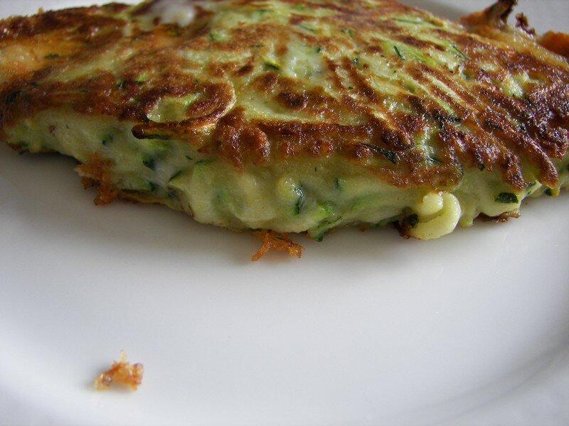 Galettes de courgettes au fromage à raclette