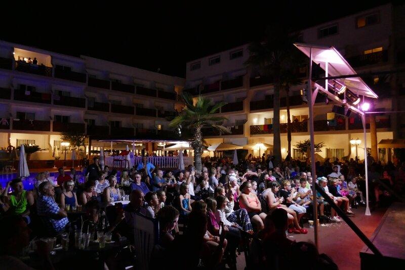 2017 08 Puerto Santiago hôtel nuit spectacles (5)