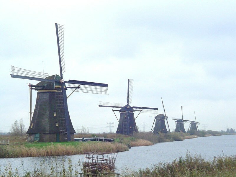 MOULINS DE KINDERDIJK en Hollande