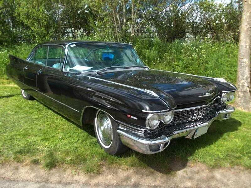 CadillacDevilleSedan6windows1960av1