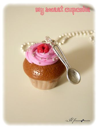 My_sweet_cupcake___la_framboise_collier