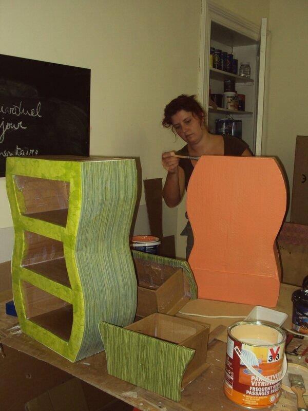 construction d'un meuble en carton (5)