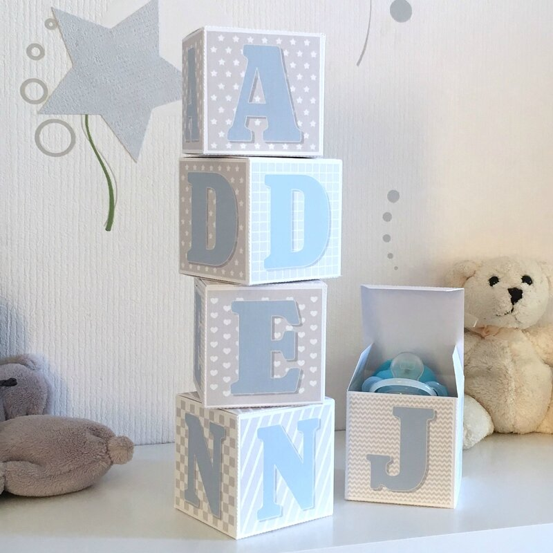 cube lettre prenom bleu gris 4