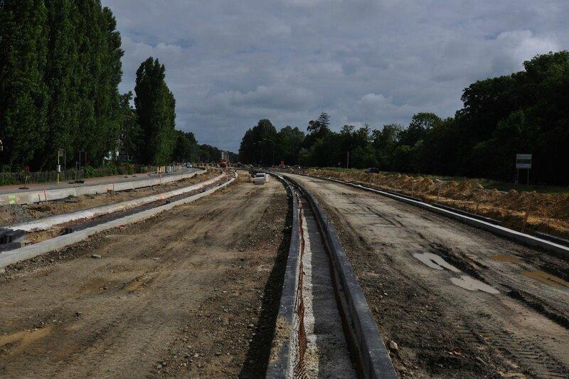 voies-tram94STIB-goudron