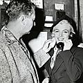 1953-htmam-scene09-set-MM_phone_with_whitey_snyder-1