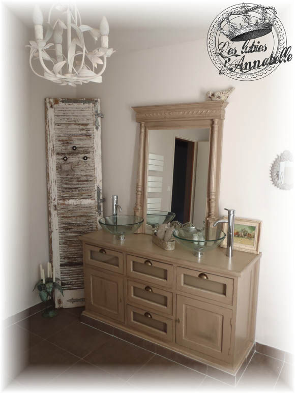 persienne et relookage de salle de bain les lubies d. Black Bedroom Furniture Sets. Home Design Ideas