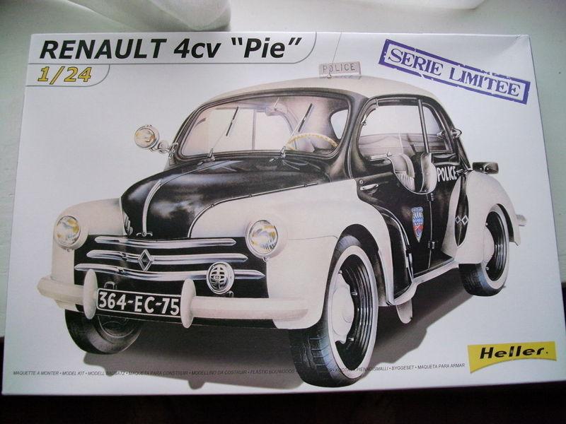 Renault 4CV Pie de la Préfecture de Police de paris PICT2788