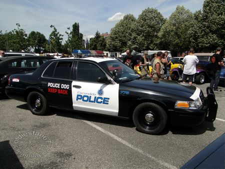 ford crown victoria police interceptor 2001 fun car show illzach 2011 2