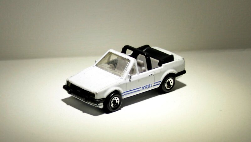 Ford escort cabriolet (Matchbox) 01