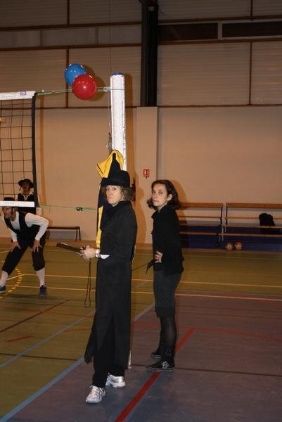 2010-12-16_volley_deguise_16