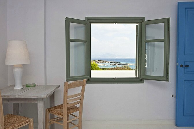 modern_vacation_rentals_paros_greece_0211