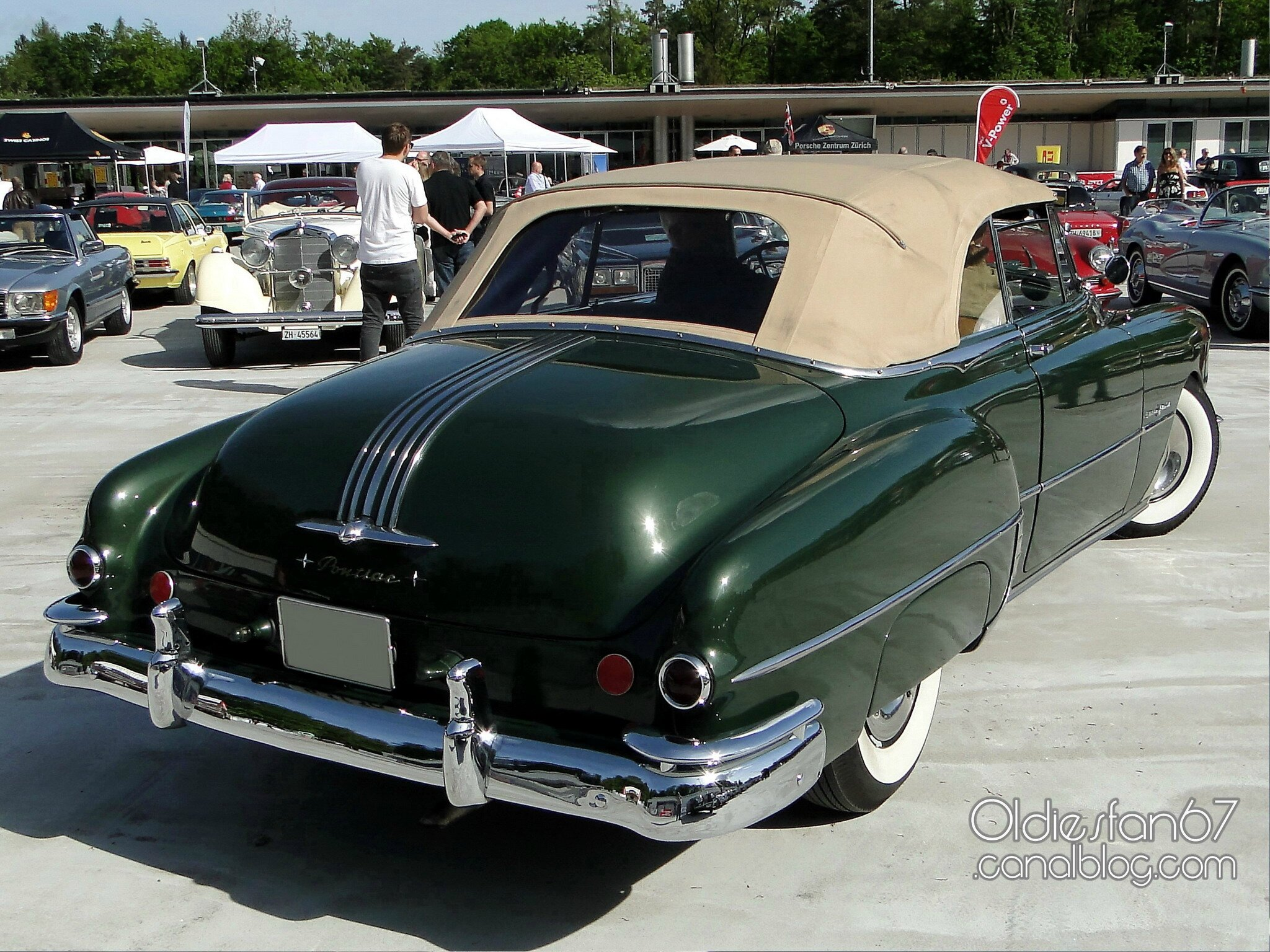 Pontiac Chieftain Deluxe Silver Streak 8 Convertible 1949