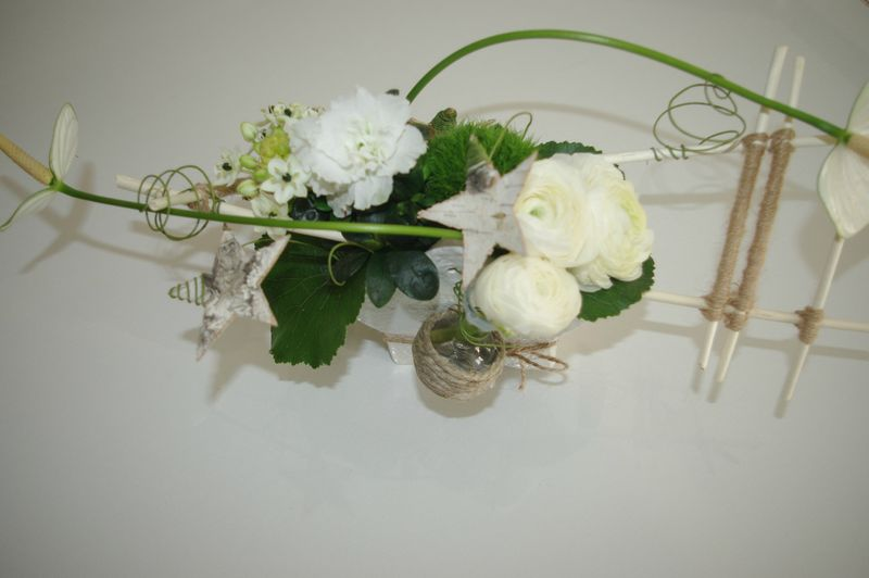 Fleurs de fete cr abistouille - Composition florale simple ...