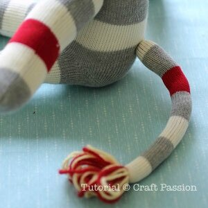 sew-sock-lion-6