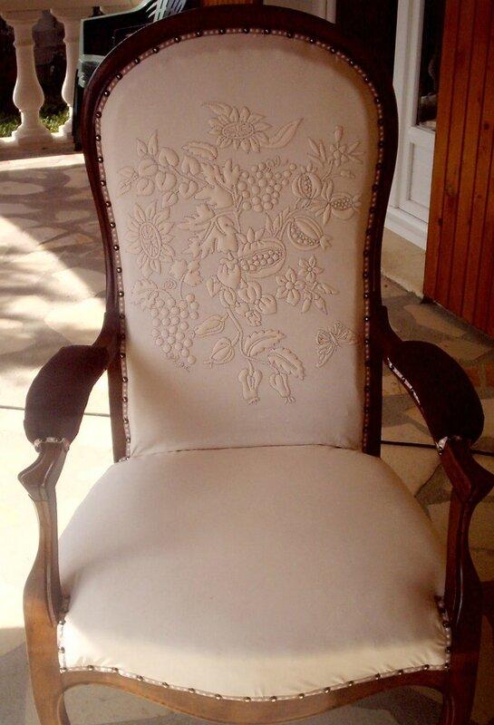 fauteuil voltaire beige