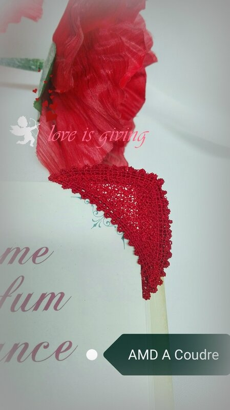 COEUR MARQUE PAGES DENTELLE BRODERIE AMD A COUDRE (1)