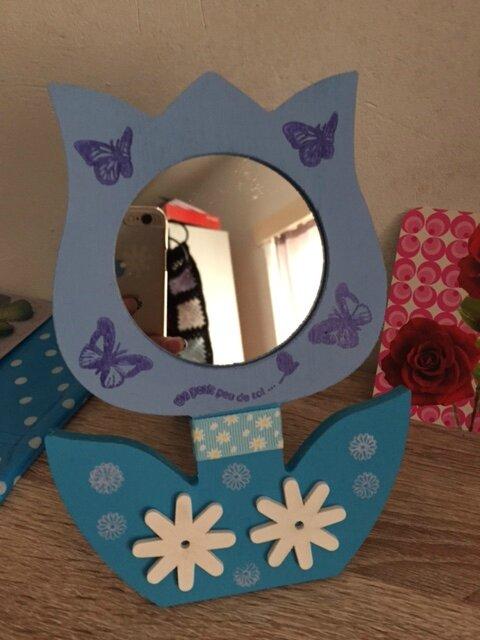 Un petit miroir décoré aux couleurs de l'été + surprise