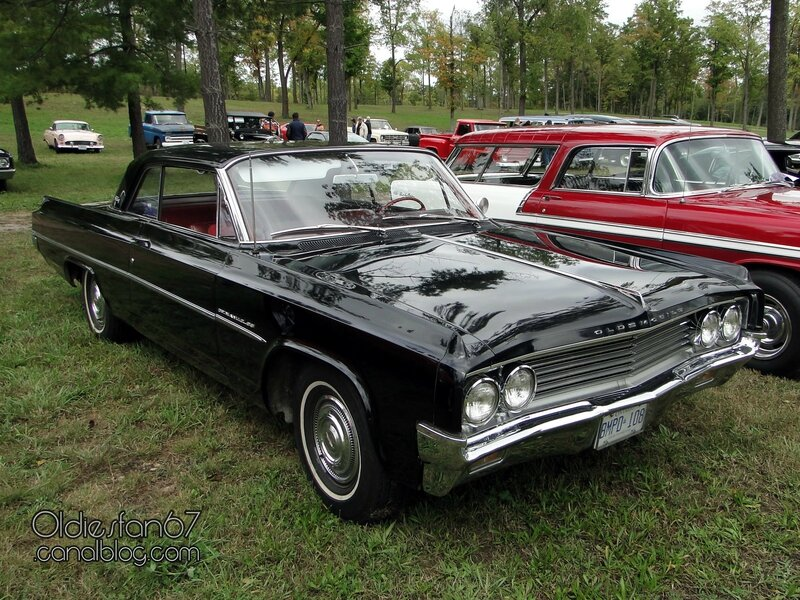 oldsmobile-dynamic-88-coupe-1963-01