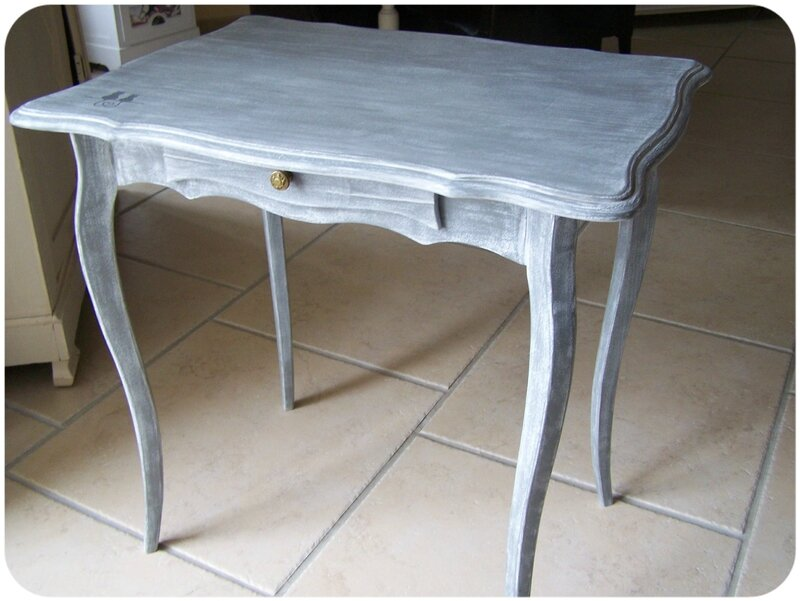 table patine grise