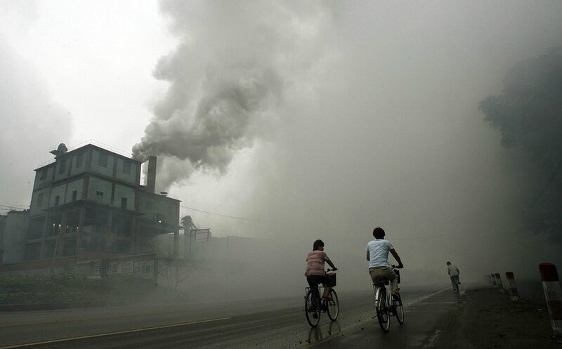chine-pollution-usine-fumee