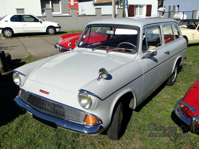 ford-anglia-105e-estate-1961-1967-01