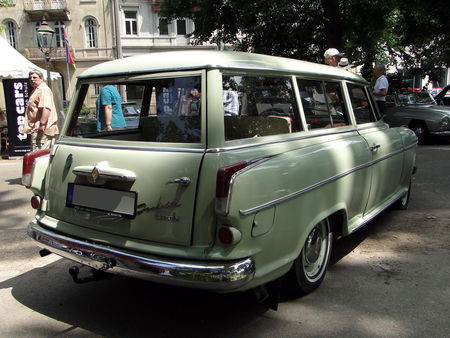 BORGWARD Isabella Combi 1961 Internationales Oldtimer Meeting de Baden-Baden 2010 2