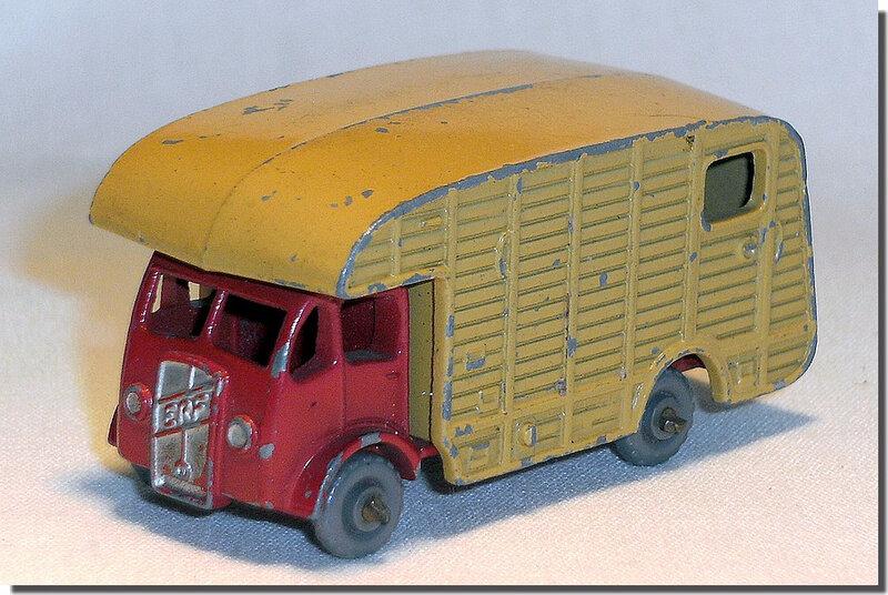 Lesney Matchbox 35 A roues grises 1