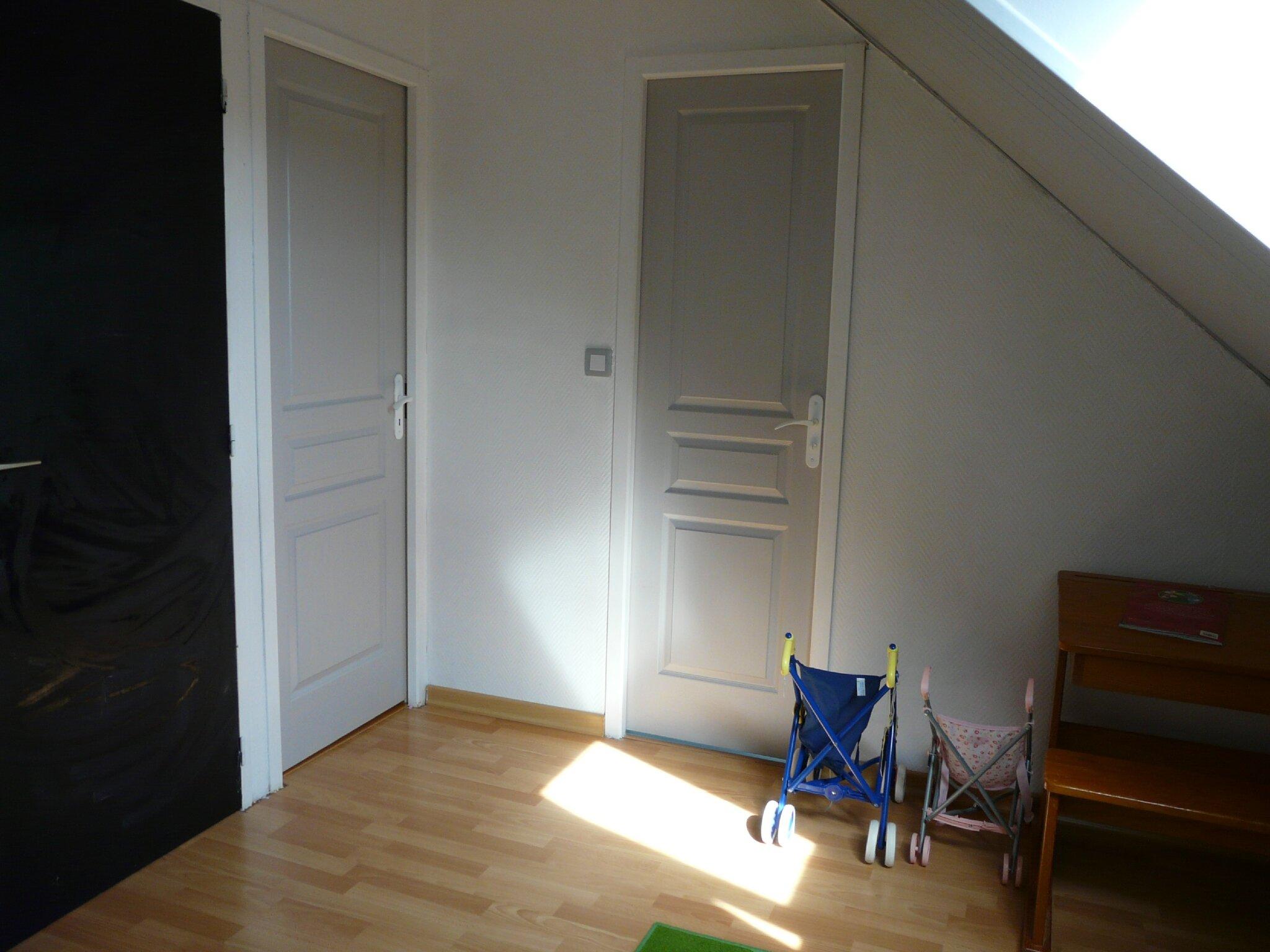 lambris peint en gris gallery of fabulous salle de bain zen avec lambris pvc blanc aspect. Black Bedroom Furniture Sets. Home Design Ideas