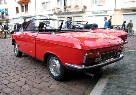 Peugeot_204_cabriolet_de_1969__2_me_Rencontre_de_voitures_anciennes___Benfeld__02