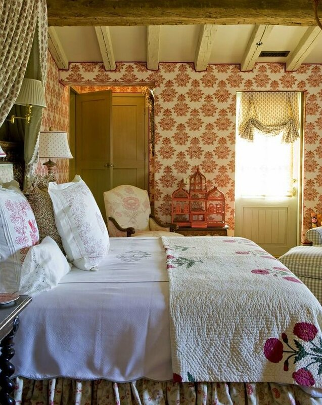 4d58ffcbf9fc131674018abe3f4bf5c5--english-cottage-bedrooms-cottage-style-bedrooms