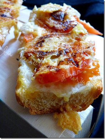 Tartine tomate chèvre (2)