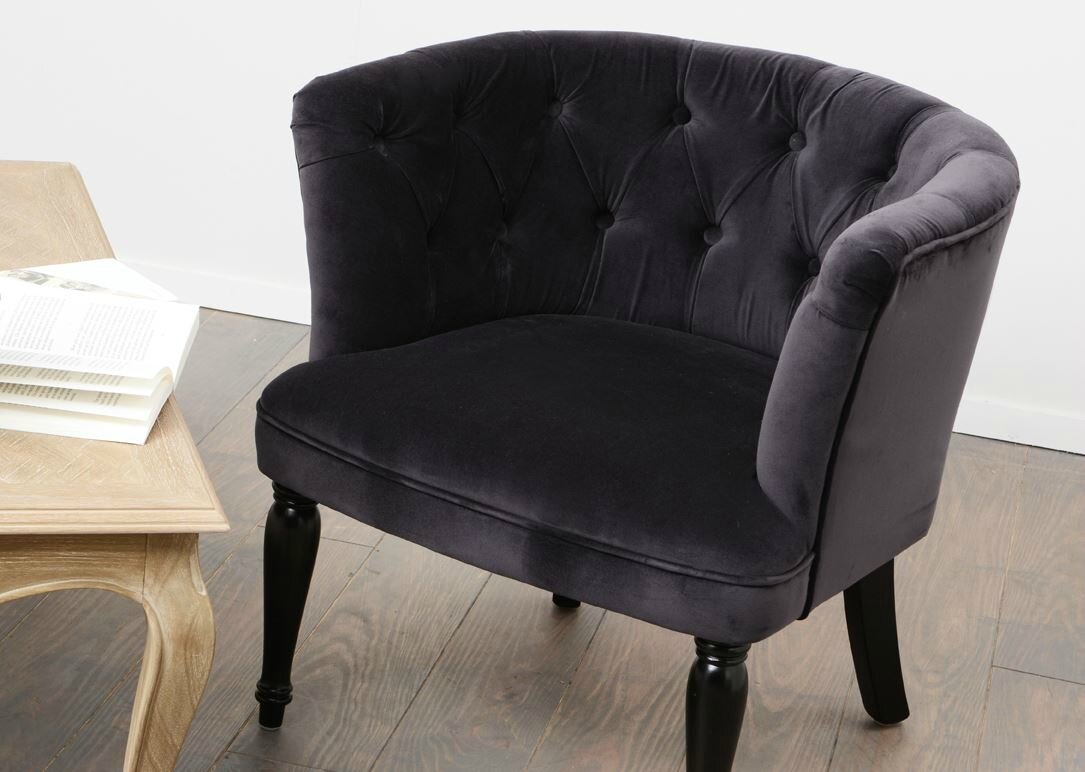 fauteuil cabriolet capitonn velours meubles et d coration amadeus au grenier de juliette. Black Bedroom Furniture Sets. Home Design Ideas