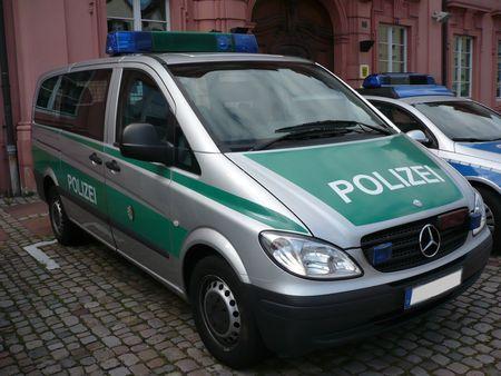 MERCEDES_BENZ_Vito_Polizei_Offenbourg__1_