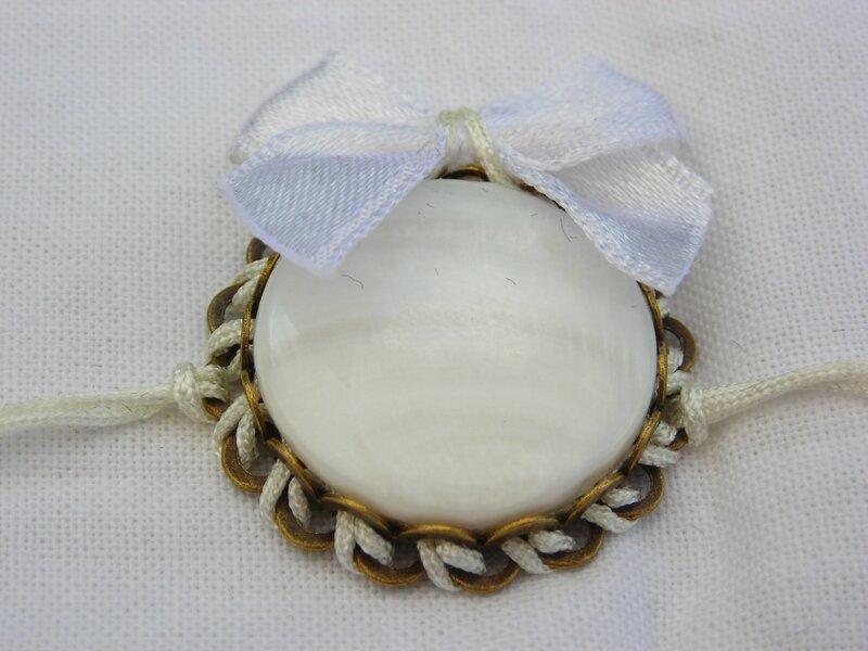 Bracelet porte bonheur mariage nacre