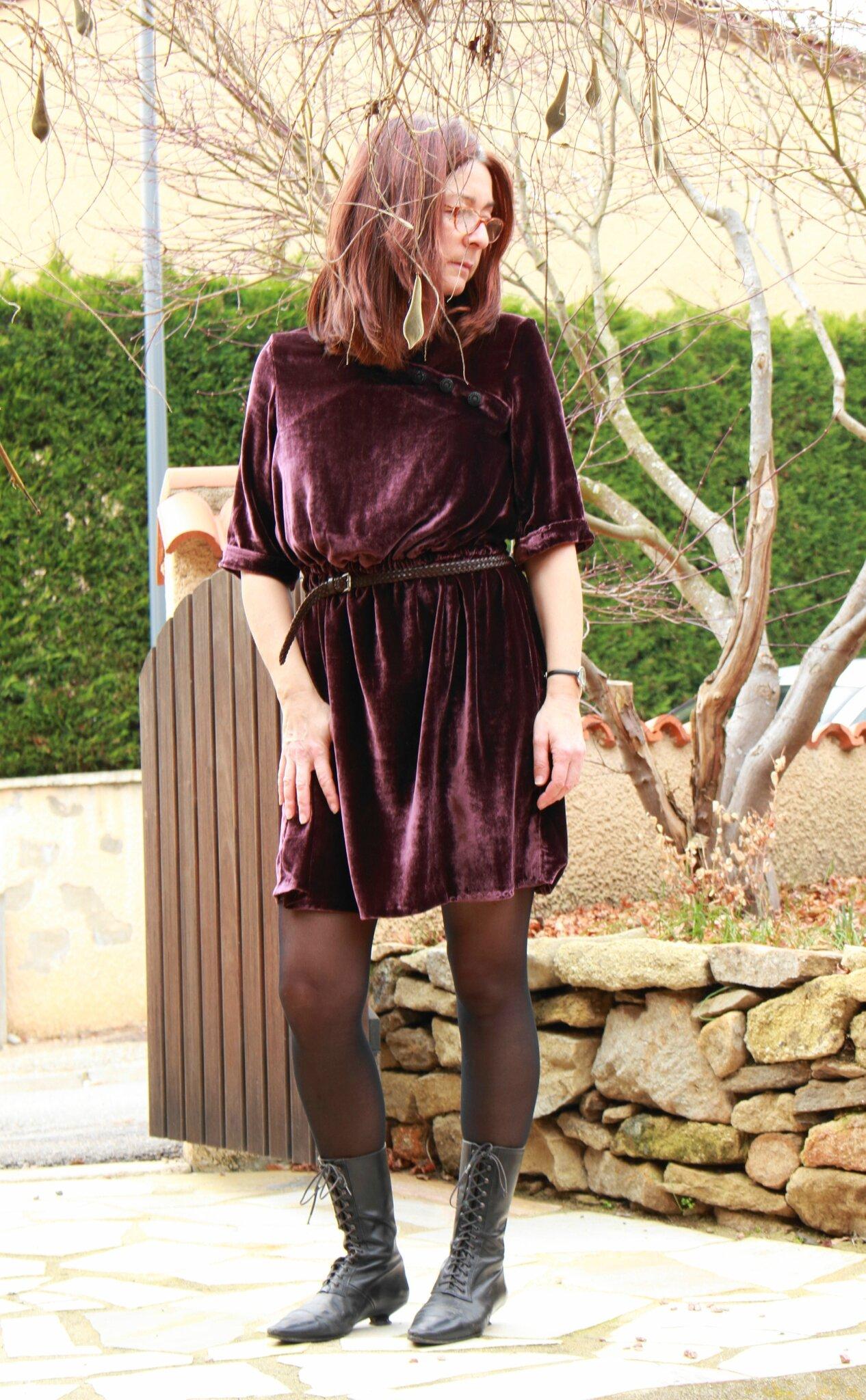 Robe Eleonore en prune velvet