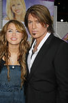 Hannah_Montana_Movie_Premiere_Hollywood_heooJKHi0ZAl