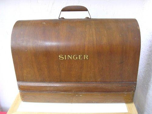 Machine à coudre Singer 1935 ou 1953 avec son couvercle