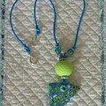 collier bleu pop 1