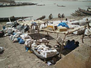 Sel au détail Quais de MOPTI Mali