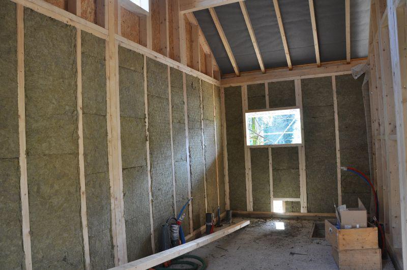 Isolation des murs ossature bois photo de maison for Comment isoler une maison
