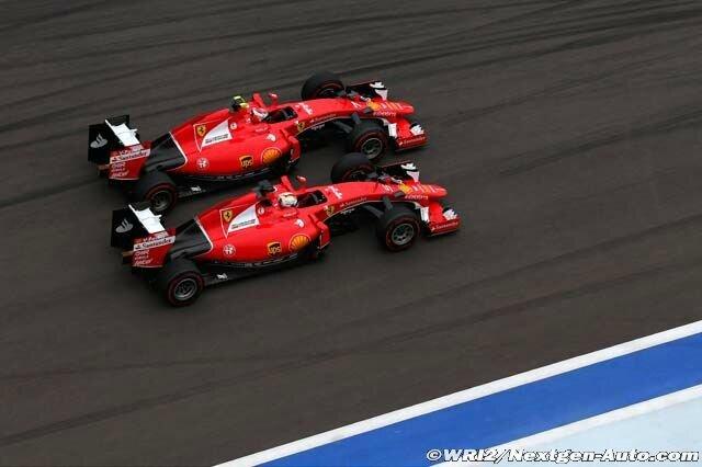 2015-Sochi-SF15-T-Vettel_Raikkonen-1