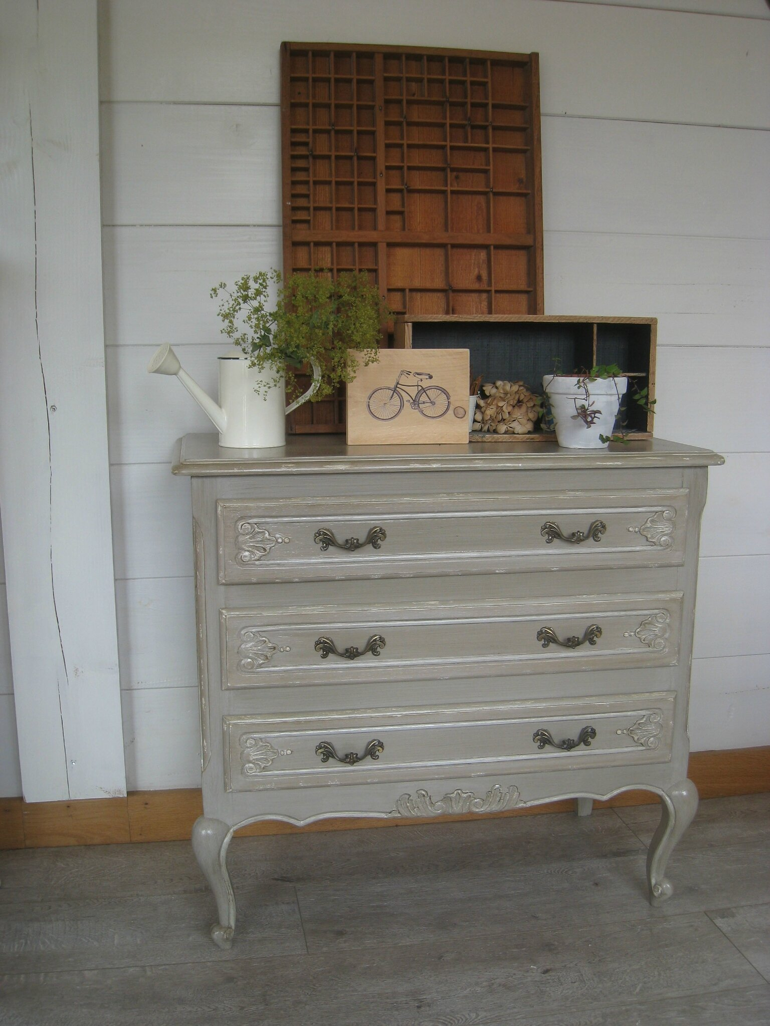 commode chambre gris patine