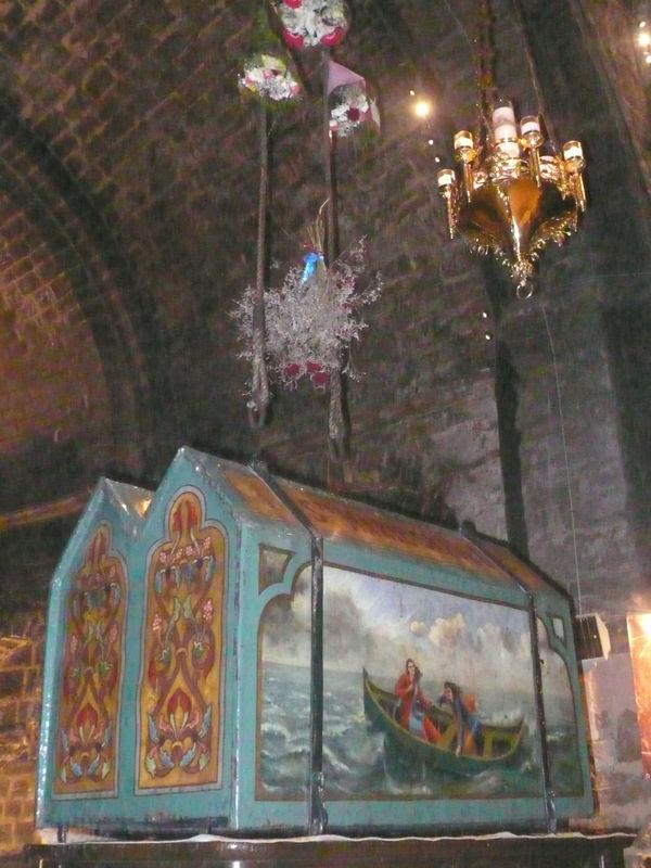 Ch_sses_Eglise_Saintes_Maries_de_la_Mer