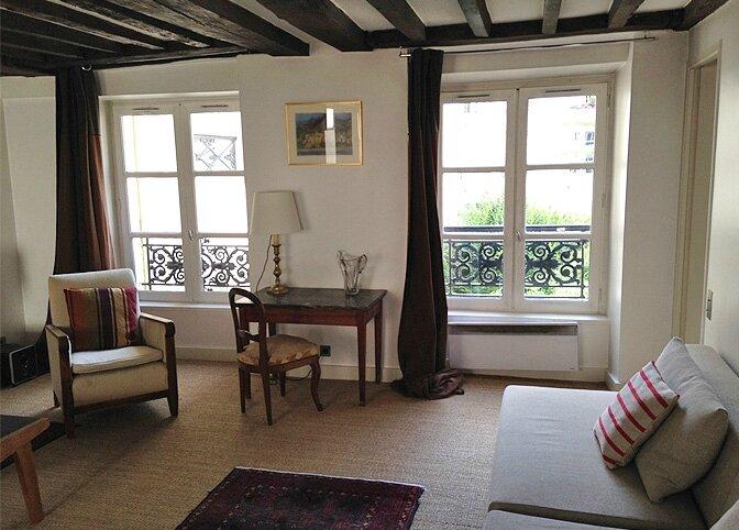 modern_vacation_rentals_paris_france_011