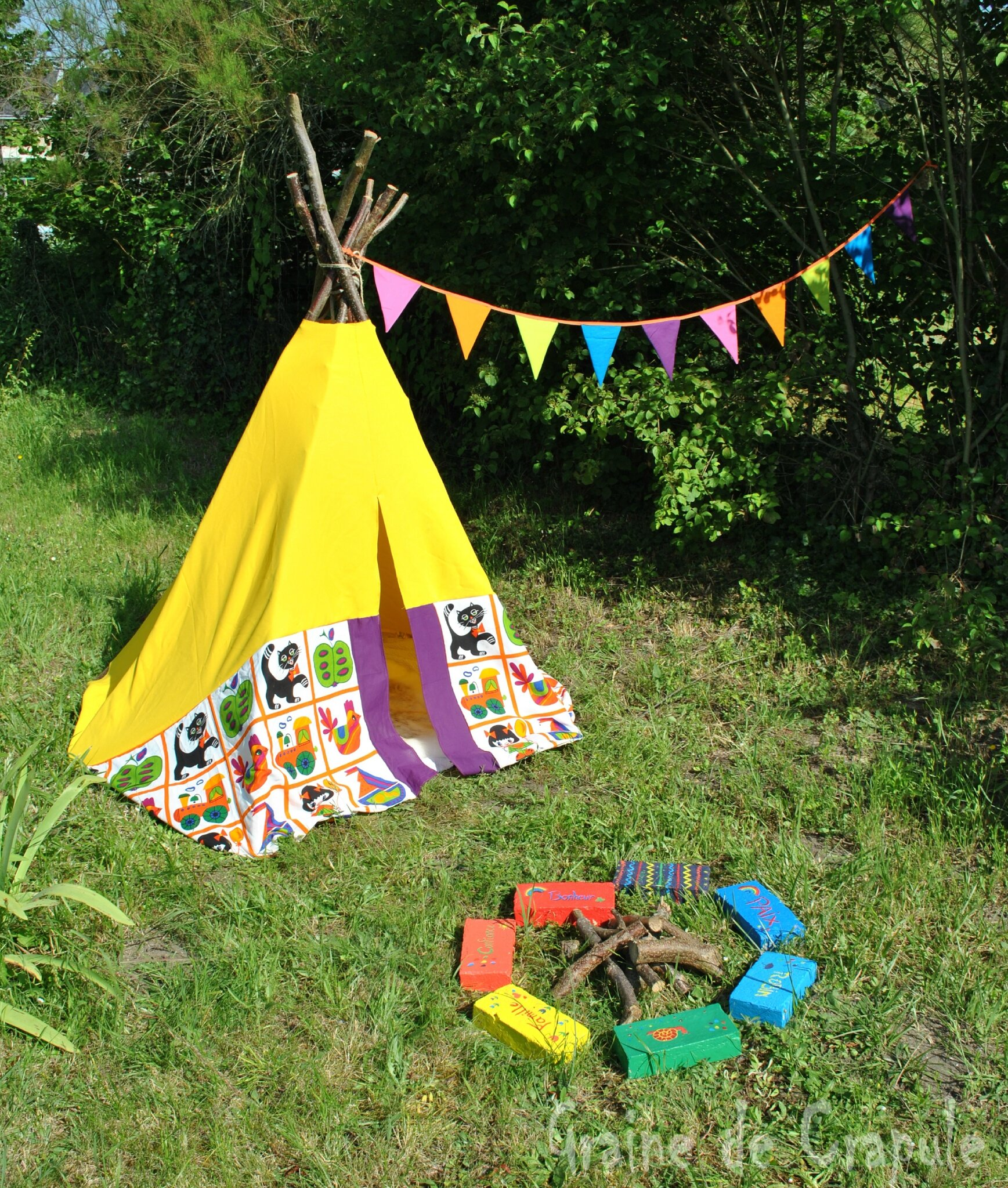 un teepee dans le jardin graine de crapule. Black Bedroom Furniture Sets. Home Design Ideas