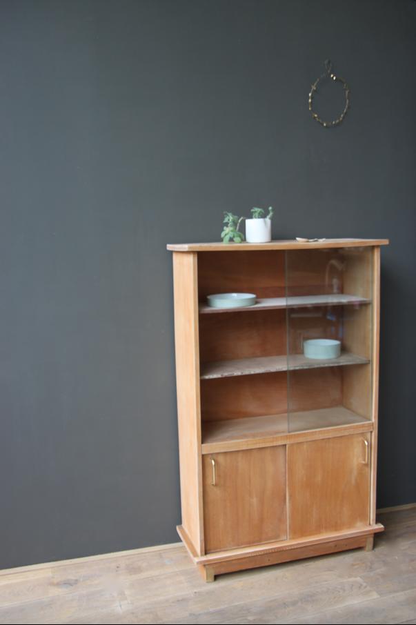 vestiaire double tabli billot et meuble vintage sont en. Black Bedroom Furniture Sets. Home Design Ideas