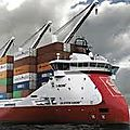 Containers and container ships (lo-lo)