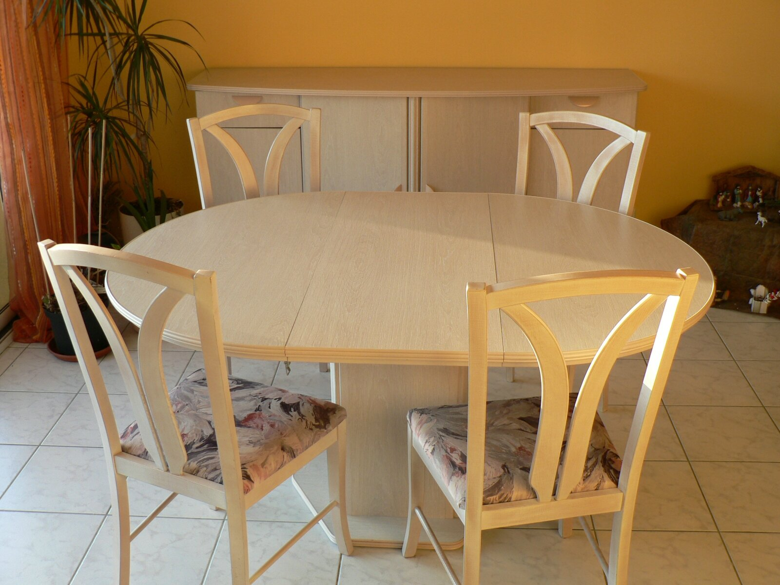 Relooker une salle manger titouch tout for Salle a manger 2 couleurs