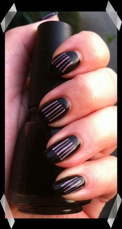 manucure_china_glaze___noir___liquid_leather
