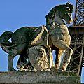 Statuaire parisienne.